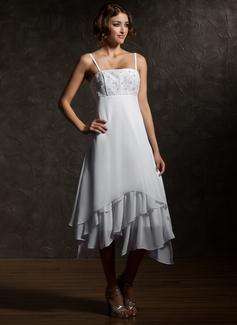 Väldet Asymmtrisk Chiffong Bröllopsklänning med Spetsar Svallande Krås