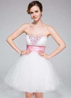 A-formet/Prinsesse Sweetheart Kort/Mini Tyll Ballkjole med Frynse Bånd Perlebesydd