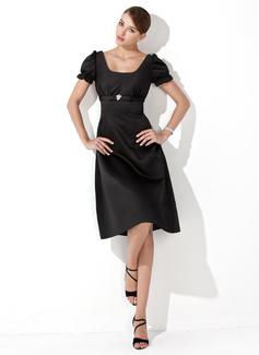 A-Line/Princess Square Neckline Knee-Length Satin Bridesmaid Dress With Ruffle Crystal Brooch