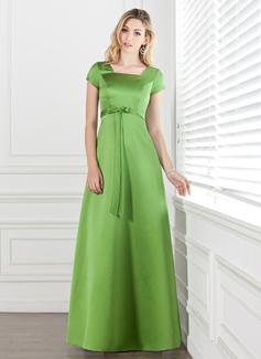 A-Line/Princess Square Neckline Floor-Length Satin Bridesmaid Dress With Bow(s)