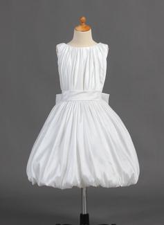 A-Line/Princess Tea-length Flower Girl Dress - Taffeta Sleeveless Scoop Neck With Ruffles/Bow(s)