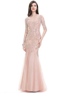 Trumpet/Mermaid V-neck Sweep Train Tulle Evening Dress