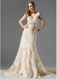 Trumpet/Mermaid V-neck Chapel Train Organza Lace Wedding Dress With Beading